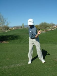 STANDING TWIST WITH CLUB